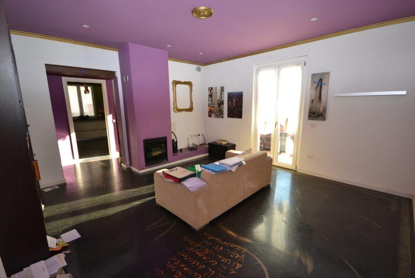 Lenno ampio appartamento con giardino e garage (6)