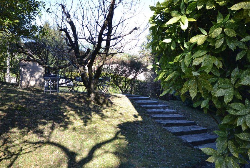 Menaggio villa d' epoca con giardino (5)