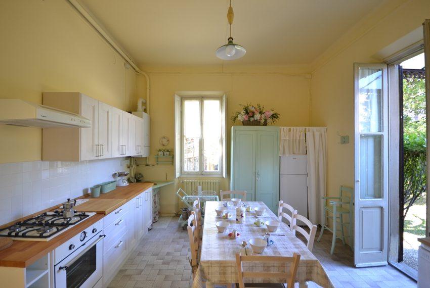 Menaggio villa d' epoca con giardino (8)