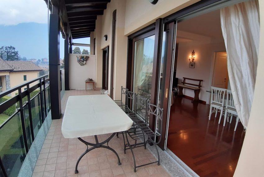 Lago di Como lenno ampio appartamento in residence con piscina e vista lago (1)
