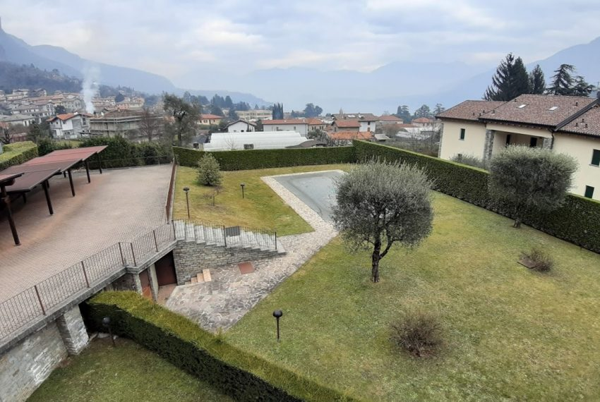 Lago di Como lenno ampio appartamento in residence con piscina e vista lago (12)