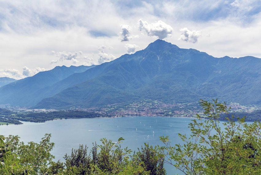 Lago di Como vercana - Domaso moderni appartamenti in residence con piscina e vista mozzafiato (1)