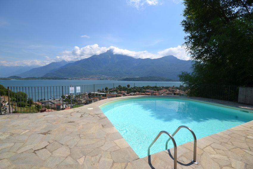 Lago di Como vercana appartamento in residence con piscina (11)