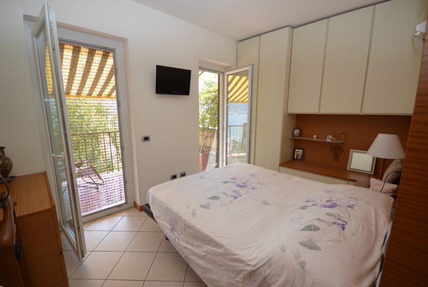 Lago di Como vercana appartamento in residence con piscina (5)