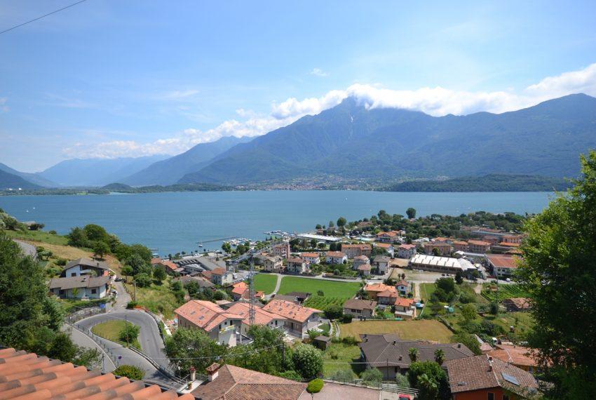 Lago di Como vercana appartamento in residence con piscina (7)