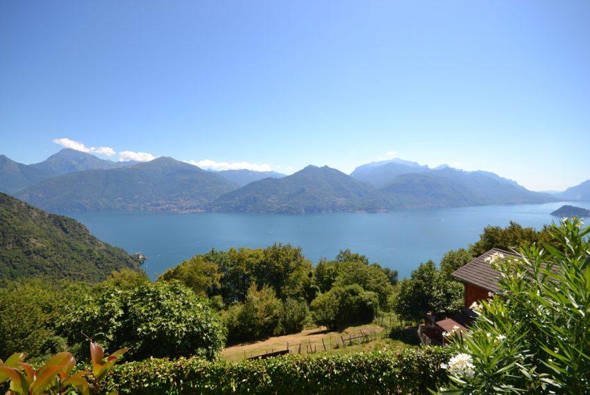 Menaggio collinare appartamento in residence con piscina e vista lago (1)