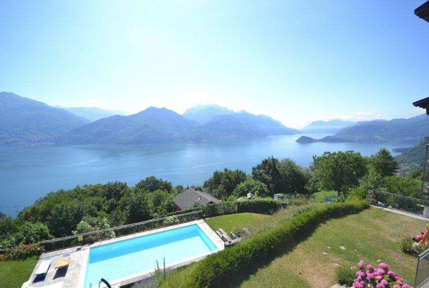 Menaggio collinare appartamento in residence con piscina e vista lago (14)