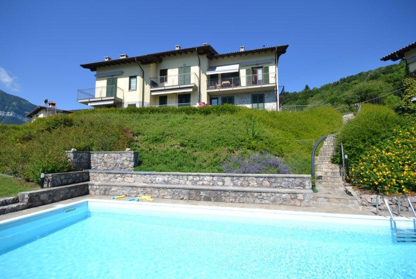 Menaggio collinare appartamento in residence con piscina e vista lago (18)