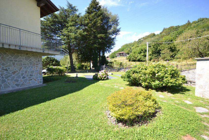 Menaggio collinare appartamento in residence con piscina e vista lago (4)