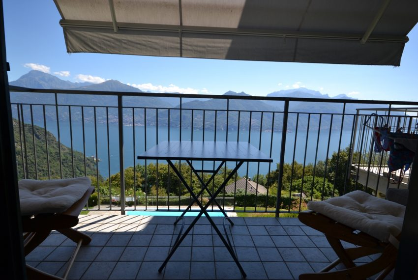 Menaggio collinare appartamento in residence con piscina e vista lago (7)