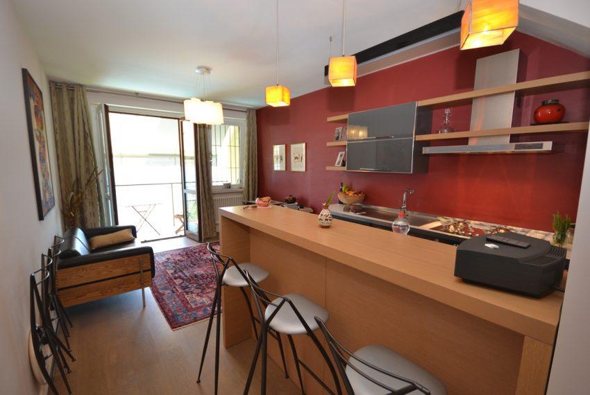 Menaggio collinare appartamento in residence con piscina e vista lago (8)