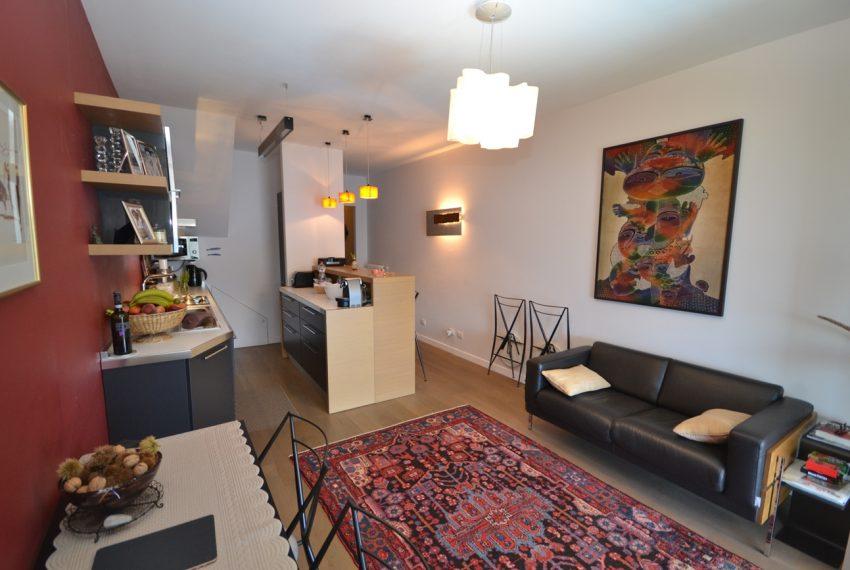 Menaggio collinare appartamento in residence con piscina e vista lago (9)