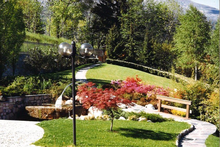 Menaggio villa con giardino e vista lago spettacolare (1)