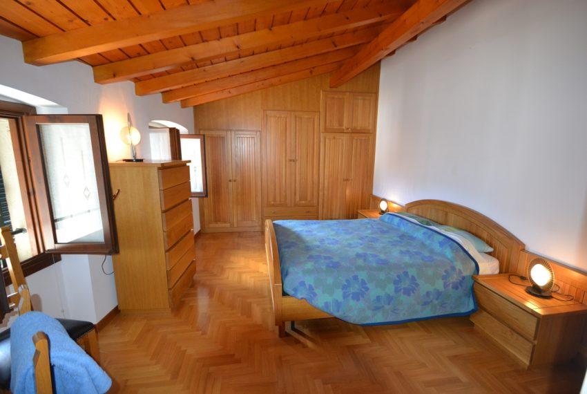 Lago Como Ossuccio attico fronte lago con posto barca (5)