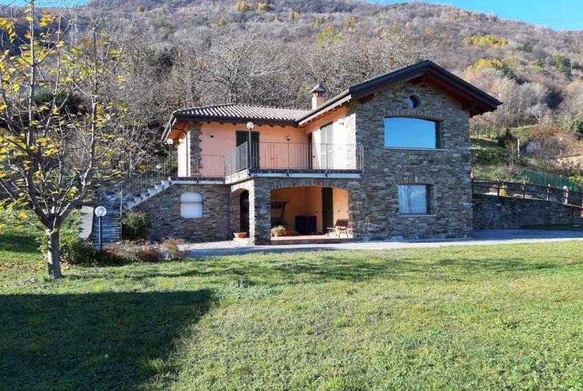Villa indipendente con terreno e vista lago - Lago di Como Pianello del Lario (1)