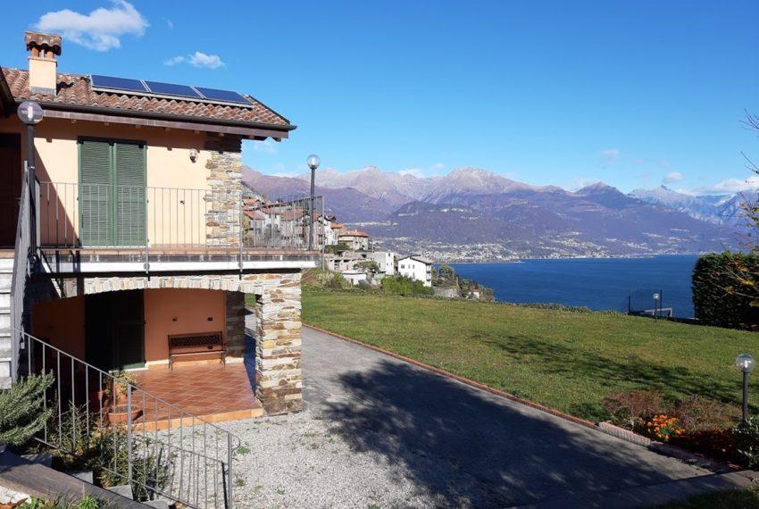 Villa indipendente con terreno e vista lago - Lago di Como Pianello del Lario (3)