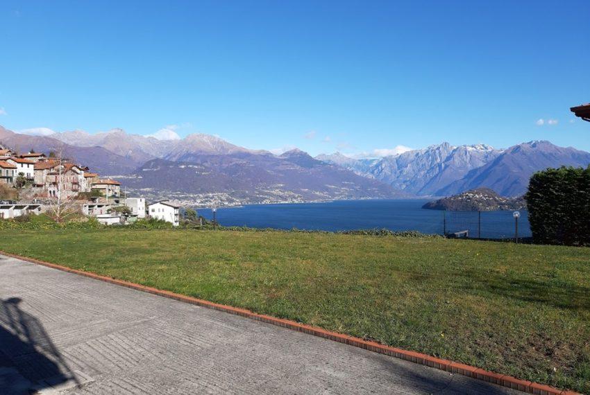 Villa indipendente con terreno e vista lago - Lago di Como Pianello del Lario (5)