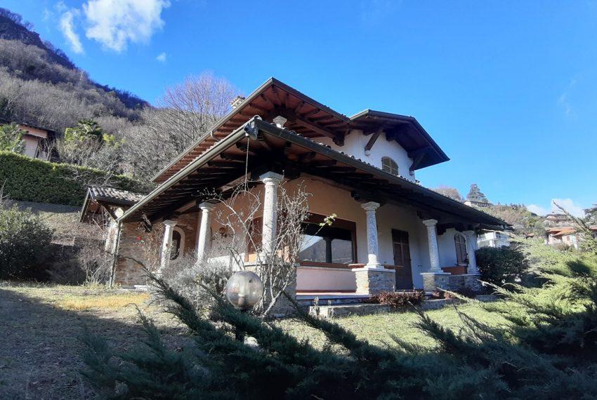 Menaggio villa indipendente con giardino e autorimessa. Vista lago. Lago di Como (13)