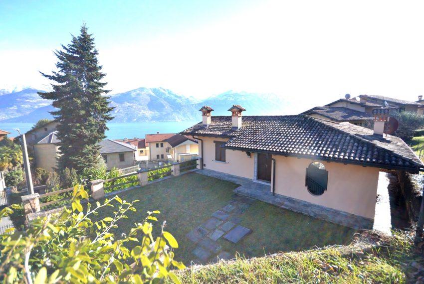 menaggio villa con giardino e garage vicino al centro (1)
