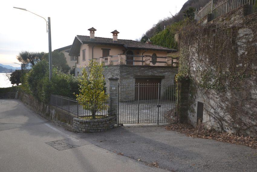 menaggio villa con giardino e garage vicino al centro (10)