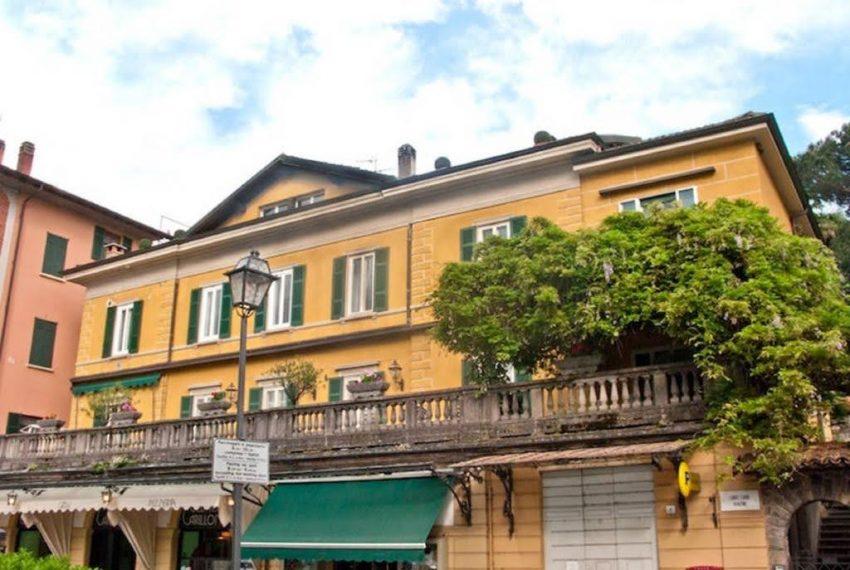 Ampio appartamento ristrutturato a Bellagio. centro paese (10)
