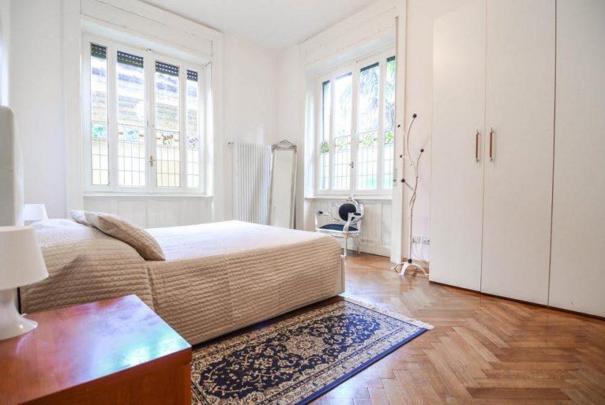 Ampio appartamento ristrutturato a Bellagio. centro paese (13)