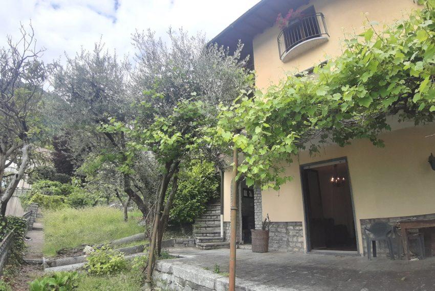 Argegno appartamento in vendita con giardino e vista lago stupenda (12)