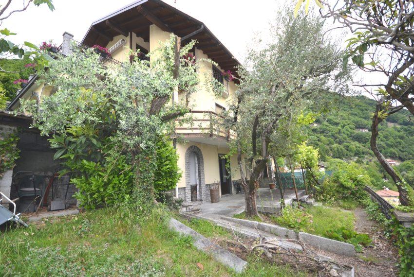 Argegno appartamento in vendita con giardino e vista lago stupenda (16)