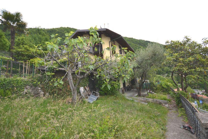 Argegno appartamento in vendita con giardino e vista lago stupenda (17)