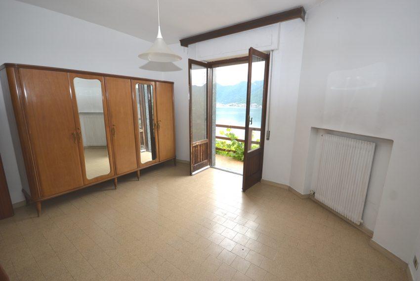 Argegno appartamento in vendita con giardino e vista lago stupenda (5)