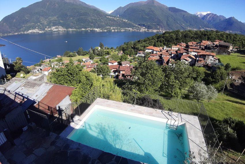 Lago Como appartamento in rustico con piscina, terrazzo e vista lago (25)