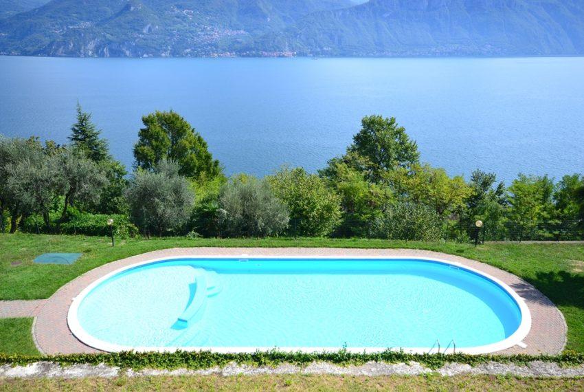 Menaggio appartamento in residence con piscina, ampio terrazzo, vista lago, garage. (12)