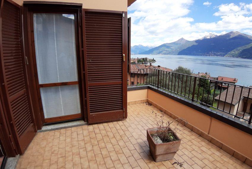 Menaggio appartamento in residence con piscina, ampio terrazzo, vista lago, garage. (5)