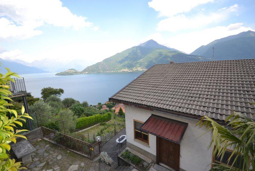 Pianello casa indipendente con giardino e vista lago (1)