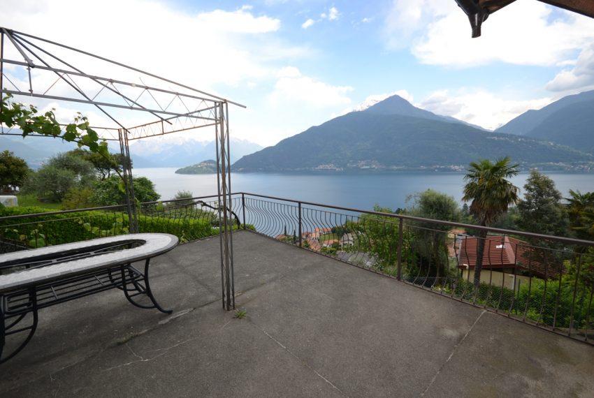 Pianello casa indipendente con giardino e vista lago (13)