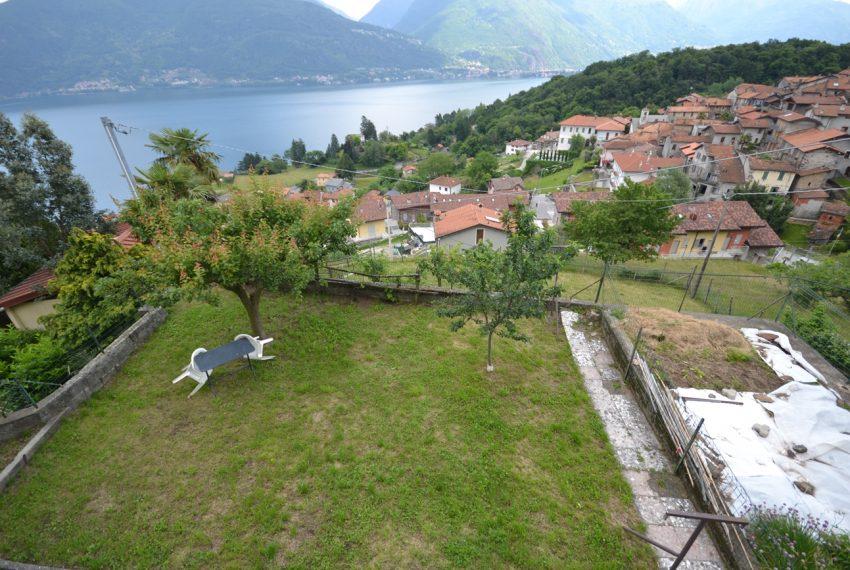 Pianello casa indipendente con giardino e vista lago (15)