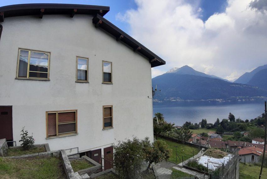 Pianello casa indipendente con giardino e vista lago (19)